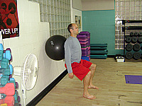 Exercise_Ball_Squats_II